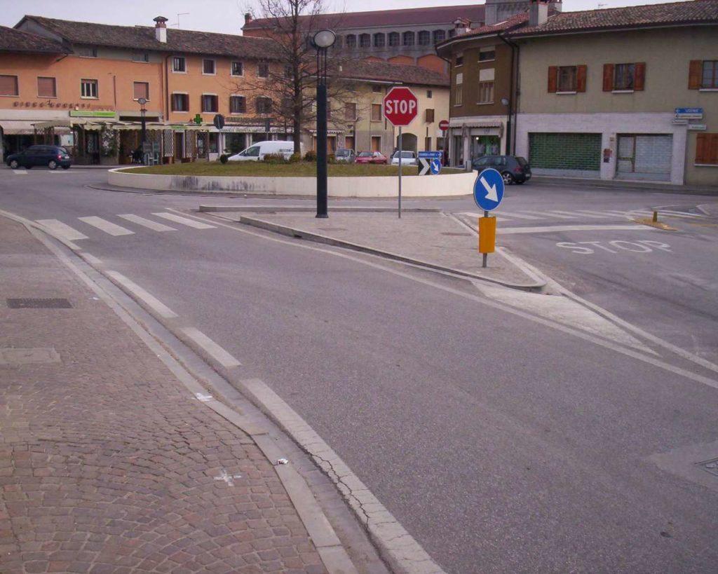 Piazza Matteotti - Pasian di Prato 05