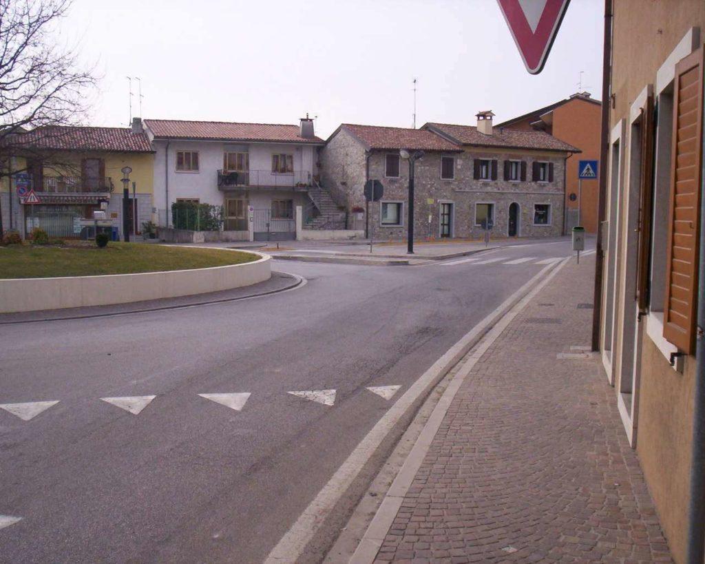 Piazza Matteotti - Pasian di Prato 10