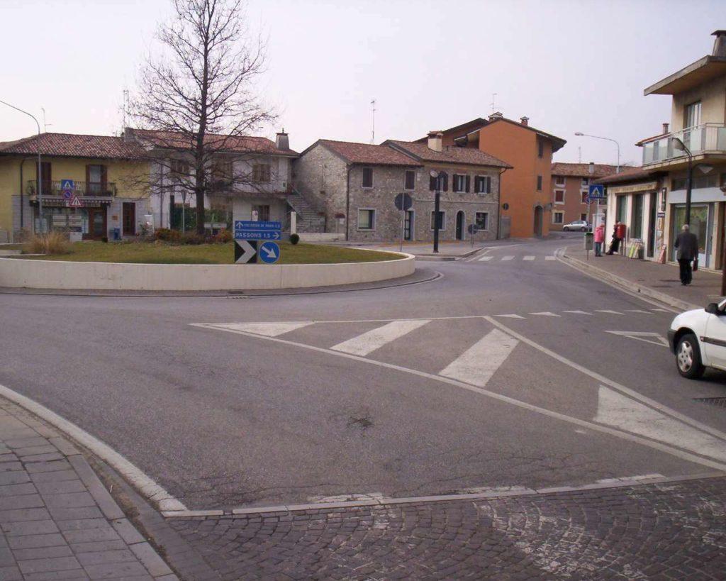 Piazza Matteotti - Pasian di Prato 12