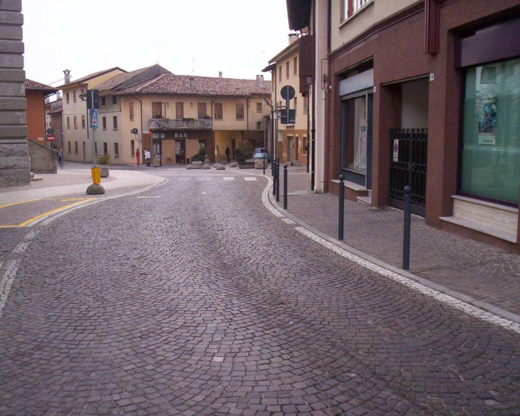 Piazza Matteotti - Pasian di Prato 15