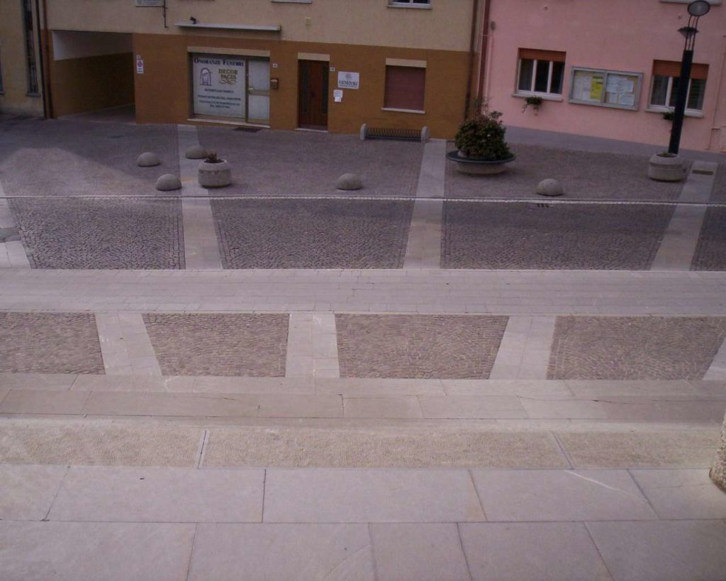 Piazza Matteotti - Pasian di Prato 17