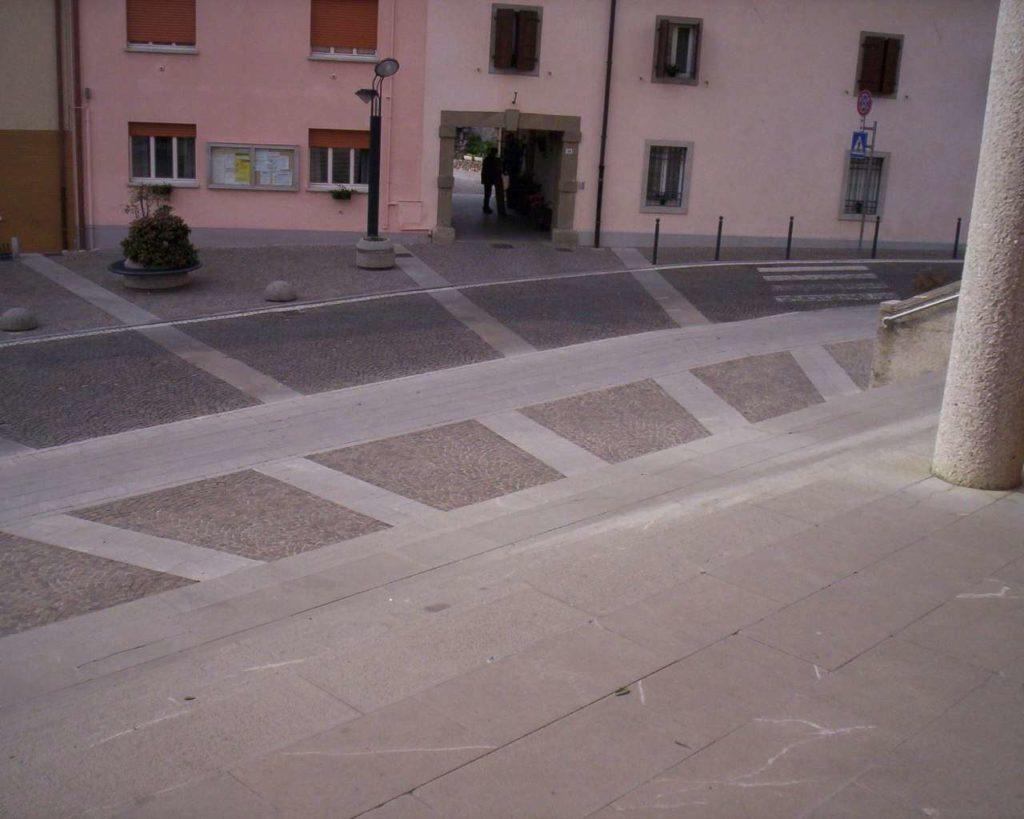 Piazza Matteotti - Pasian di Prato 18